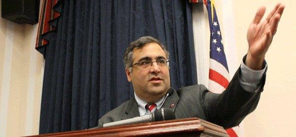 Арам Хампарян – исполнительный директор АНКА (Армянский Национальный Комитет Америки).