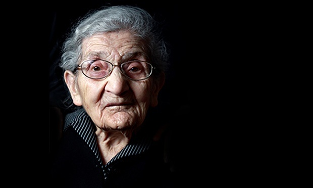 Овсанна Калустян - одна из последних выживших в Геноциде армян 1915 года. Фотограф Марк Мелки