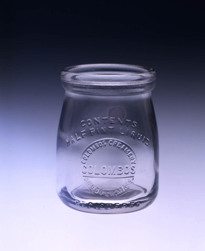 Баночка йогурта Коломбо в восемь унций