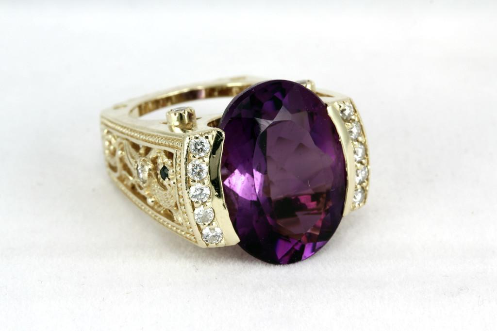Женское кольцо - Гарри Дадян