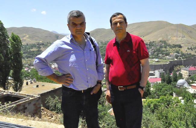 Ара Сарафян (Институт Комитаса) и Хусейн Олан в Битлисе, июнь 2014