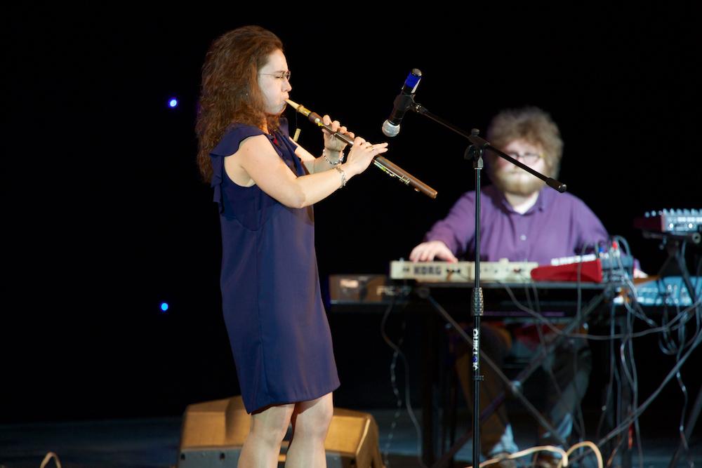 Первый Московский фестиваль дудука, 30 апреля 2014 года. Выступают Селена и группа Whalephant.