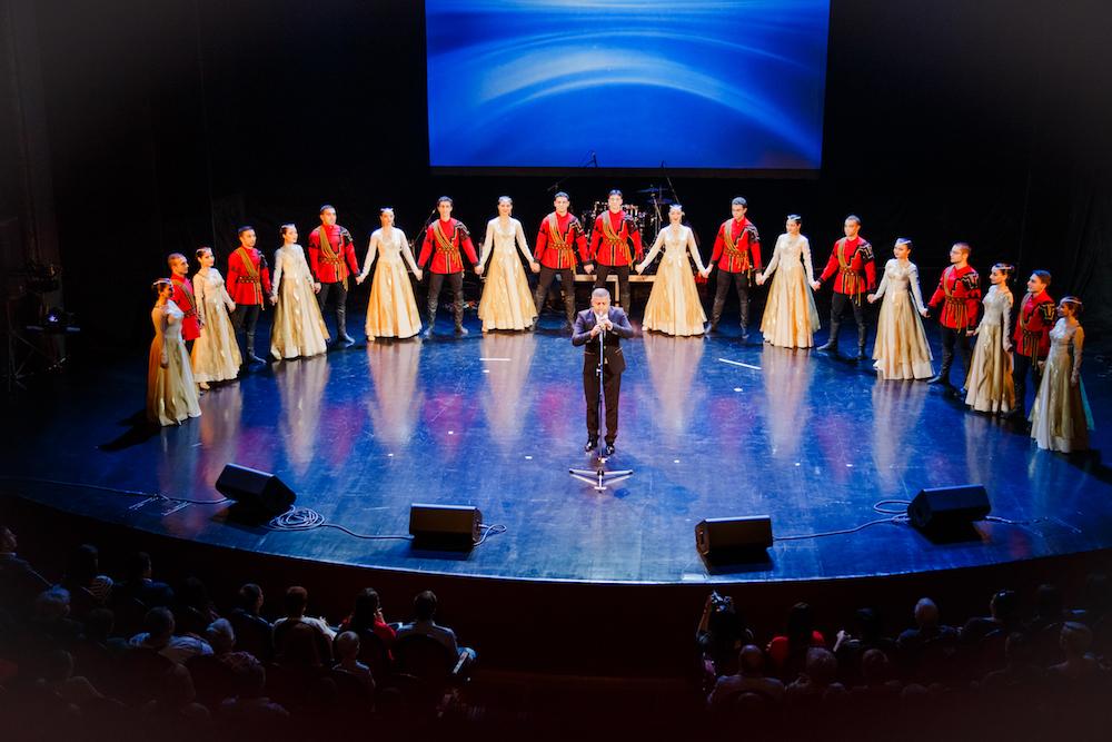 Второй Московский фестиваль дудука, 27 сентября 2015 года. Рафаэль Мкртчян и танцевальный коллектив «Айаса».