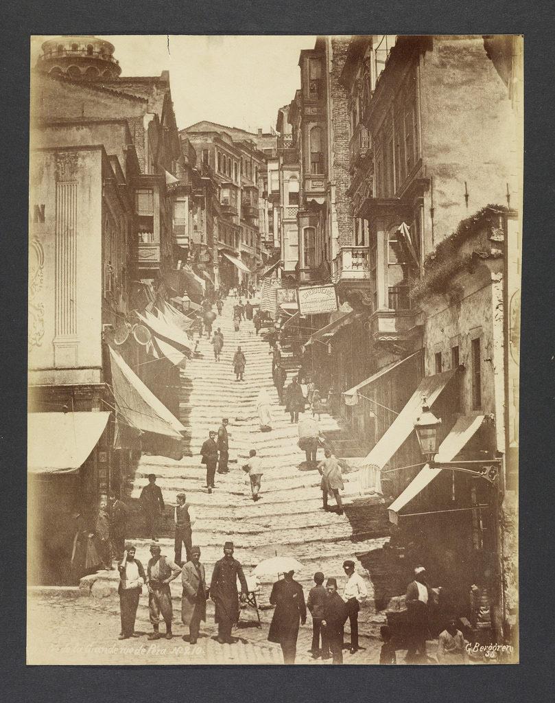 """Вильгельм Берггрен (швед, 1835-1920гг) """"Вход на главную улицу Города Пера"""", 1870г. Лос Анжелес, Исследовательский Институт имени Гетти."""
