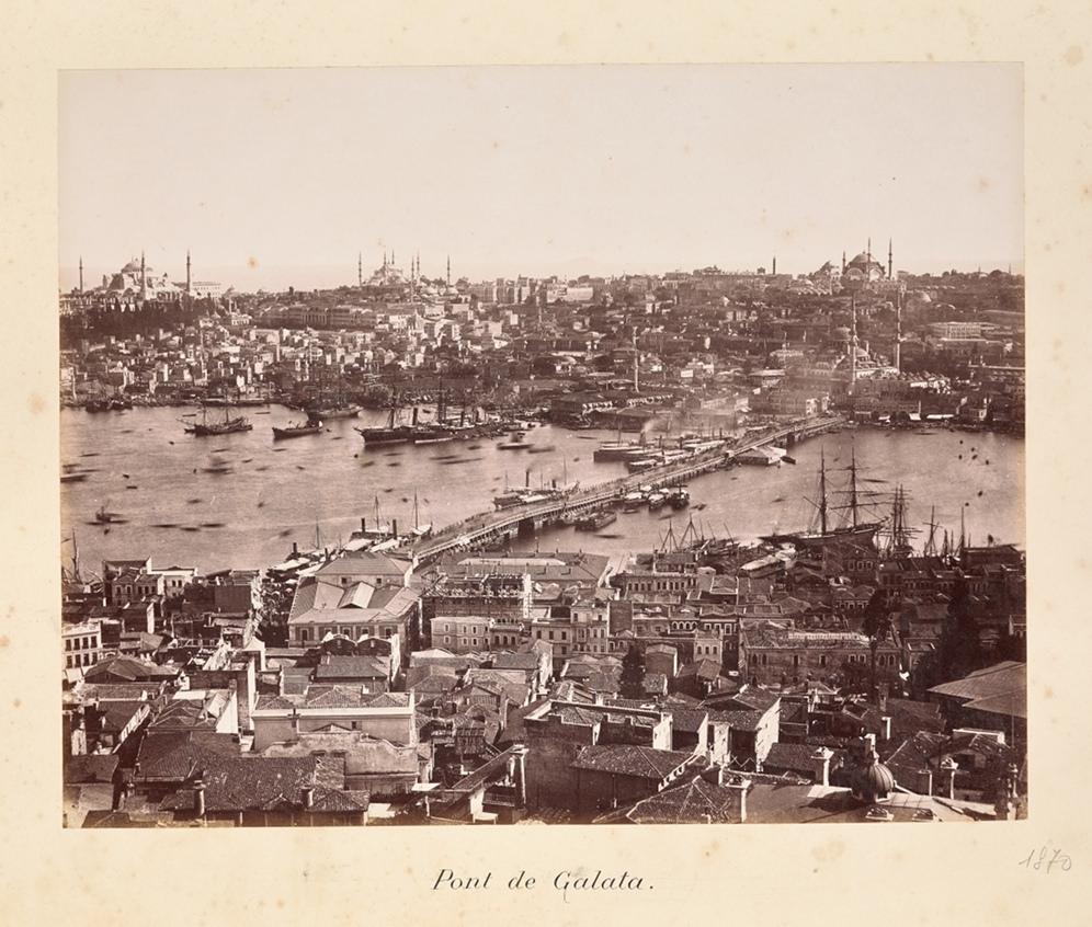 """Студия """"Братья Абдулла"""" (""""Abdullah Frères"""") (армянская, 1850-1900гг). """"Галатский мост"""", 1884г. Лос Анжелес, Исследовательский Институт имени Гетти."""