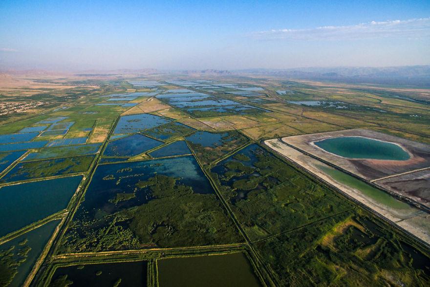 Рыбные фермы на реке Ерасх, Араратская область, Армения