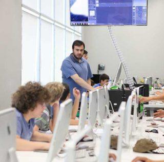 Лагерь ТУМО — это возможность для подростков узнать новейшие технологии и дизайн, а также открыть для себя Армению.